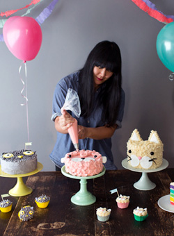 Lyndsay Sung | Contributing Writer for TheCakeBlog.com