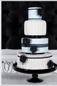 Black & White Lace by Luisa Galuppo Cakes