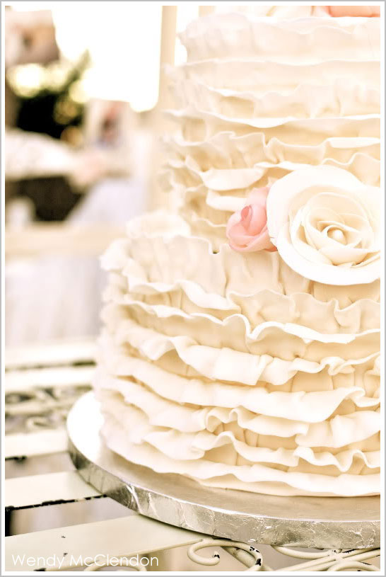 Romantic & Ruffled Wedding Cake