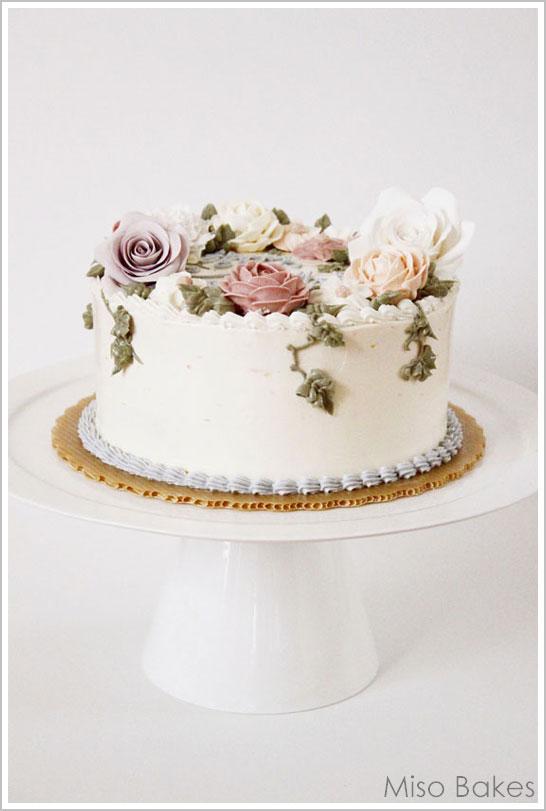 Scrap Buttercream cake by Miso Bakes