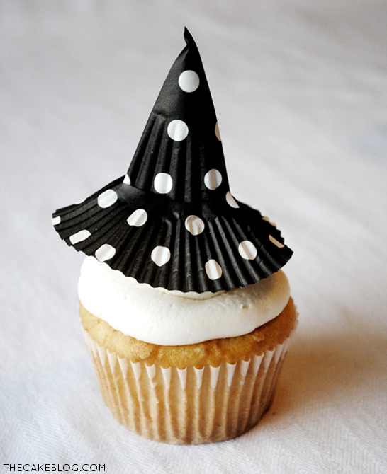 DIY: Cupcake Liner Witch Hats