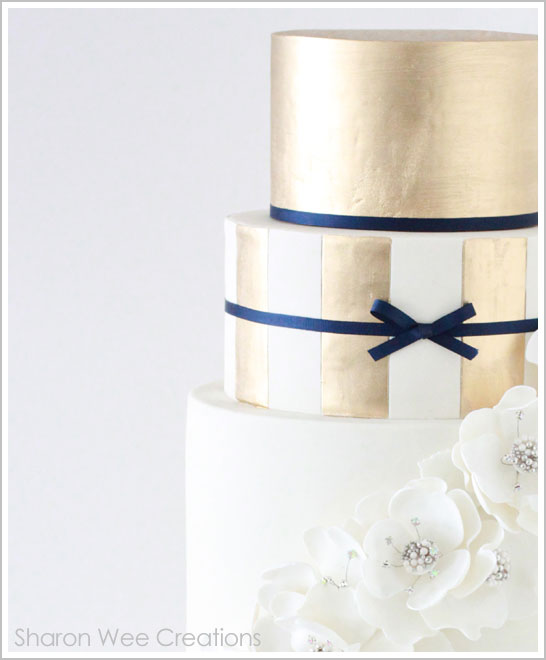 Gold and Navy Winter Wedding Cake