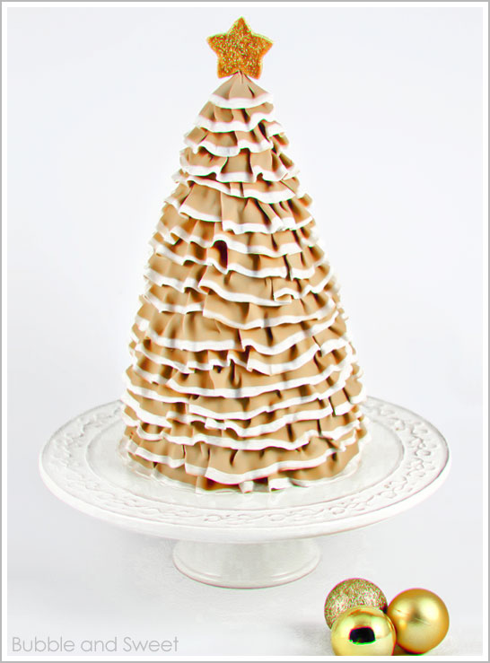 Ruffle Christmas Tree Cake