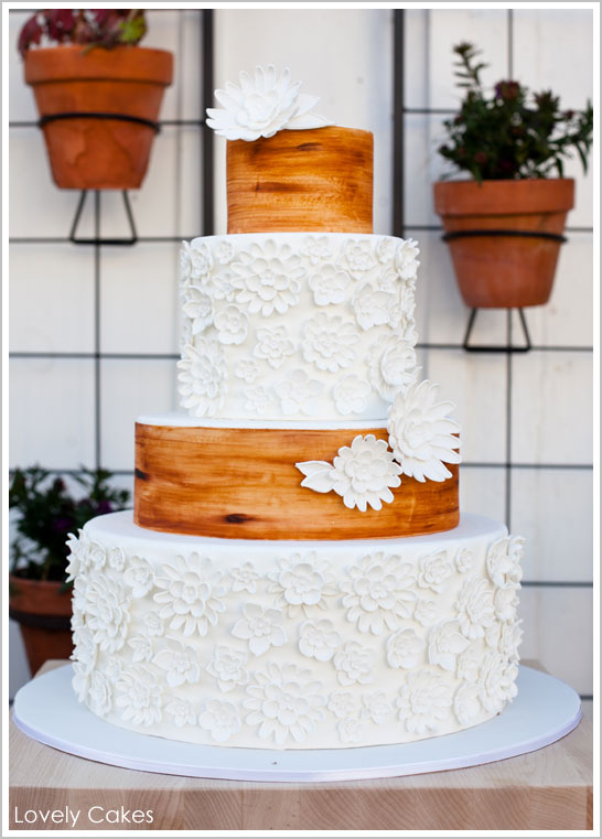 Rustic Wedding Cake Flowers Wood Grain