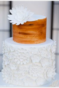 Wood Grain & White: A Rustic Wedding Cake