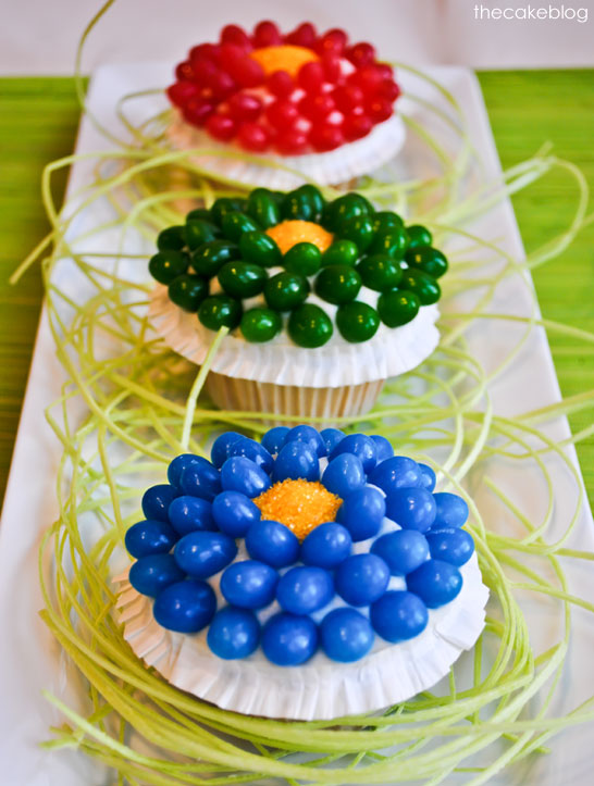 Jelly Bean Flower Cupcakes  |  TheCakeBlog.com