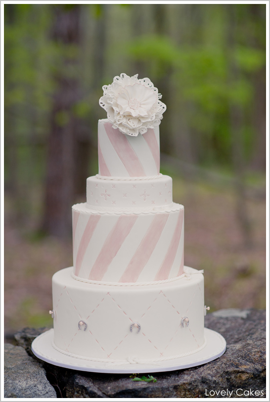Equestrian Cake by Lovely Cakes | TheCakeBlog.com