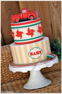 Vintage Toys & Burlap by Royal Bakery  |  TheCakeBlog.com
