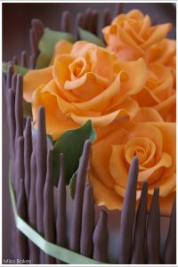 Fall Flower Centerpiece Cake  |  TheCakeBlog.com
