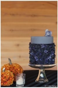 Purple Autumn Blooms by AK Cake Design  |  TheCakeBlog.com