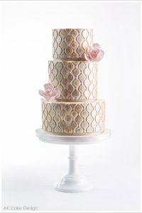 Golden Ornaments by AK Cake Design  |  TheCakeBlog.com