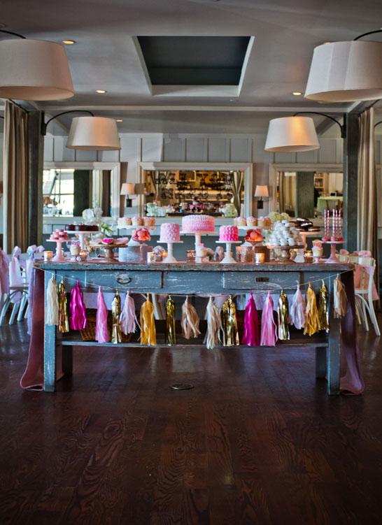 Pink & Gold Valentine's Dessert Table | TheCakeBlog.com