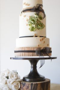 Mint, Blush & Gold by The Pastry Studio  |  TheCakeBlog.com
