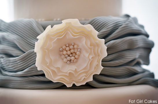Grey Sash & Pearls by Fat Girl Cakes  |  TheCakeBlog.com4