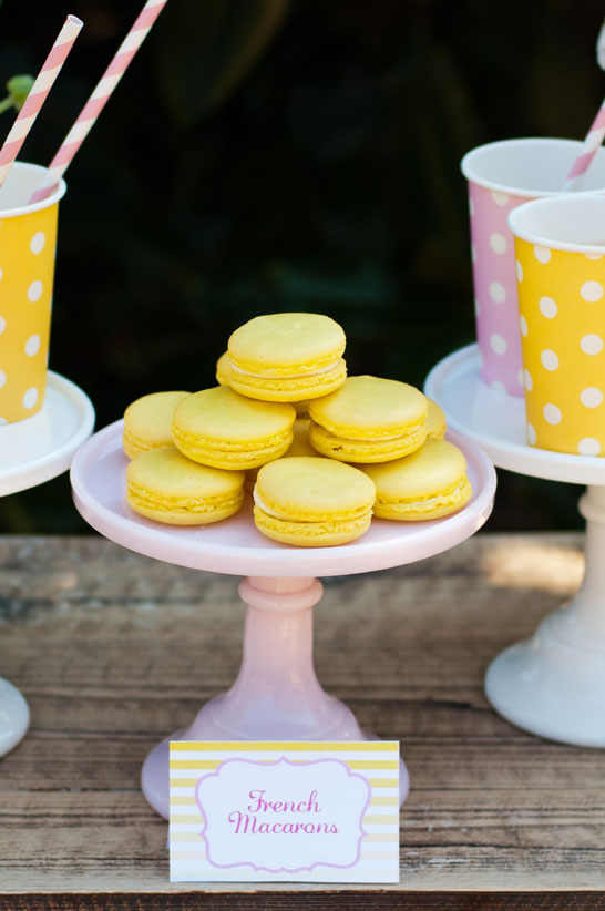 Fresh Lemonade Dessert Table  |  TheCakeBlog.com10