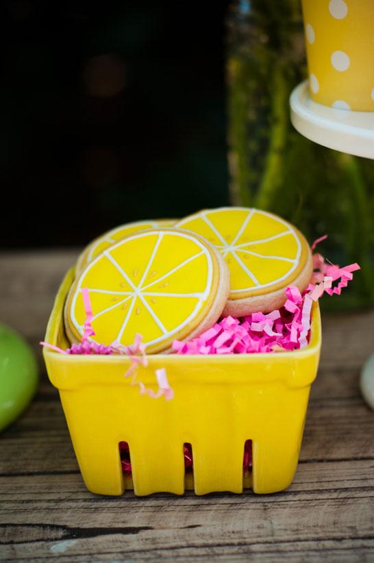 lemonade_dessert_table_7