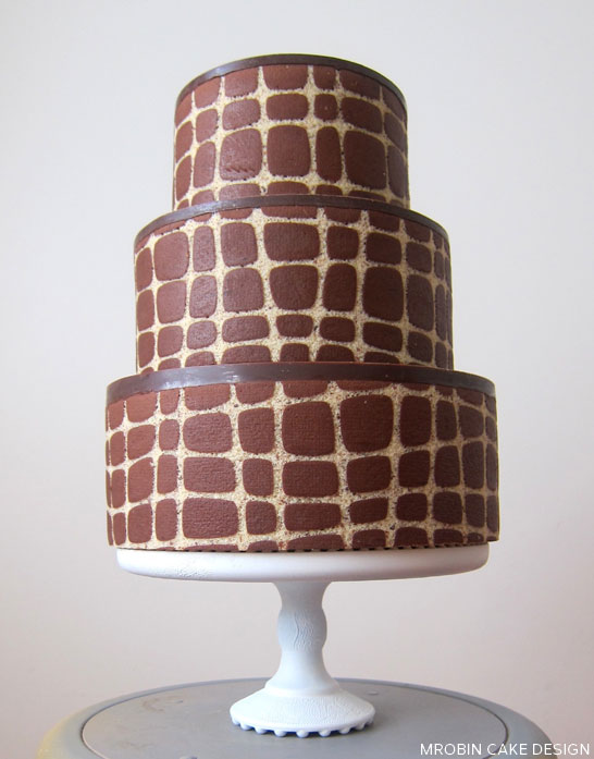 Graphic Entrement Cakes by MRobin  |  TheCakeBlog.com