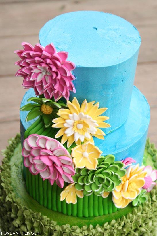 Bright Spring Flowers by Fondant Flinger  |  TheCakeBlog.com