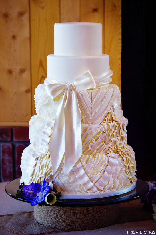 Gown Inspired Cake by Intricate Icings | 25% Off Craftsy Class | TheCakeBlog.com