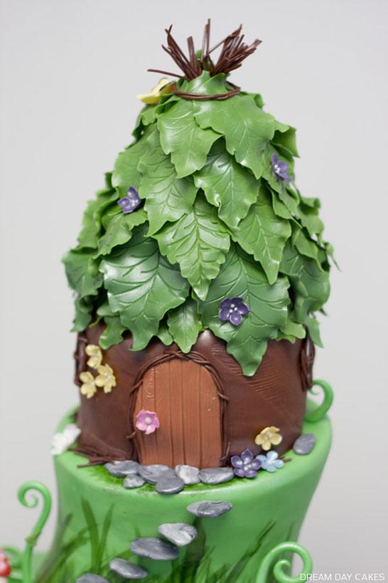 Fairy Princess Birthday Cake   by Dream Day Cakes   TheCakeBlog.com