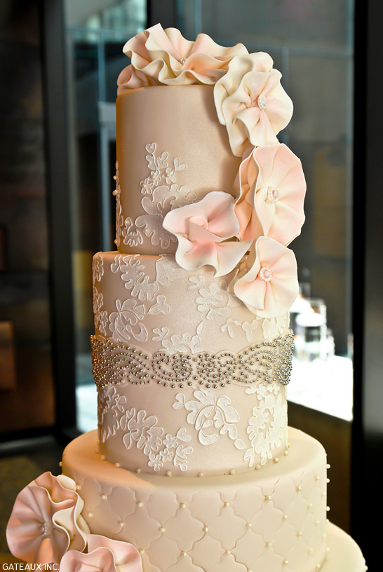 Alencon Lace Wedding Cake | by Gateaux Inc. | TheCakeBlog.com