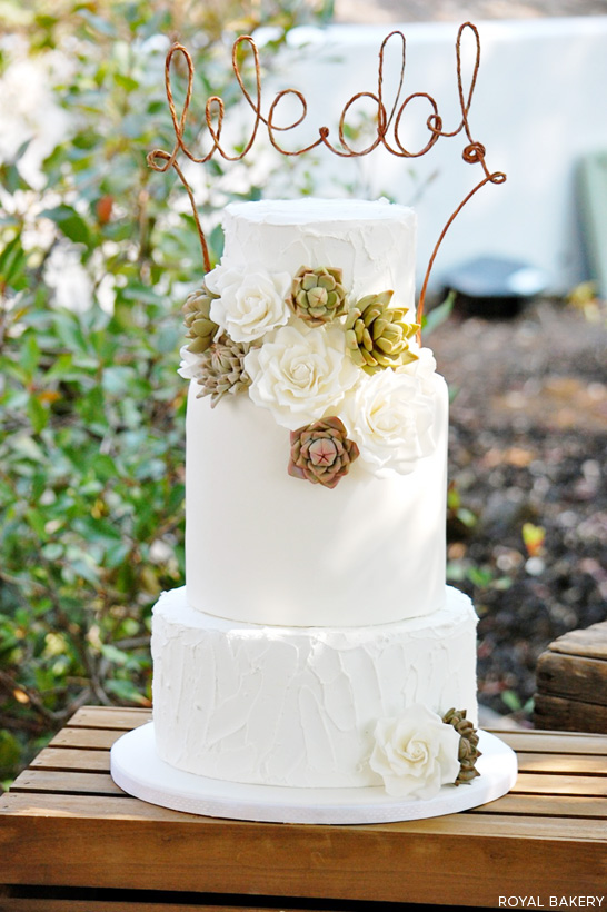 Rustic Succulents Wedding Cake  |  by Royal Bakery  |  TheCakeBlog.com