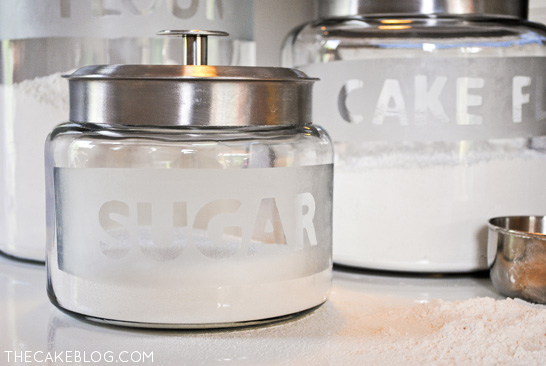 Charmant DIY Etched Glass Kitchen Cansiters | An Easy Kitchen Upgrade |  TheCakeBlog.com