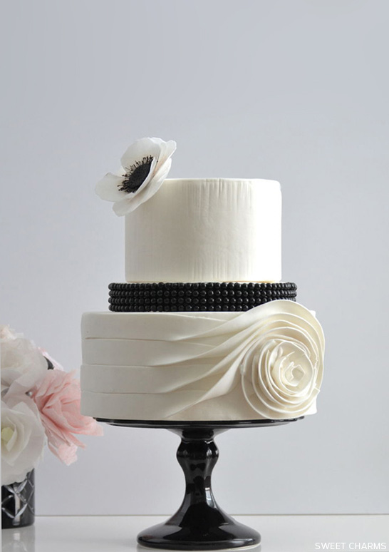 Flowing Rose Cake  |  by Sweet Charms  |  TheCakeBlog.com