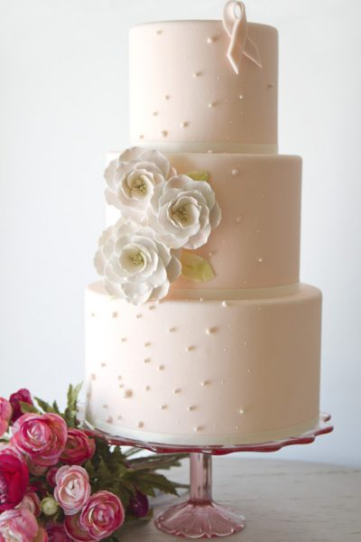 Pink Week : Romantic Pink Ribbon Cake