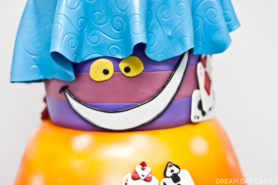 Wonderland Cake | by Dream Day Cakes | TheCakeBlog.com