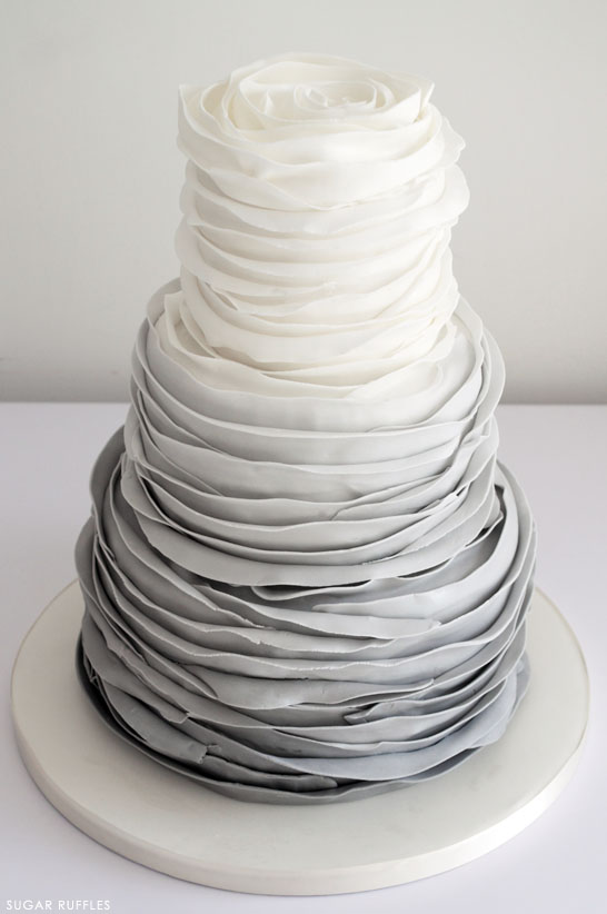 Find a wide range of wedding cake makers and cake toppers, ideas and pictures of the perfect Wedding Cakes at Easy Weddings.
