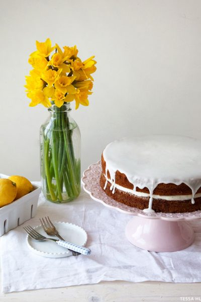 Lemon and Lavender Buttermilk Cake