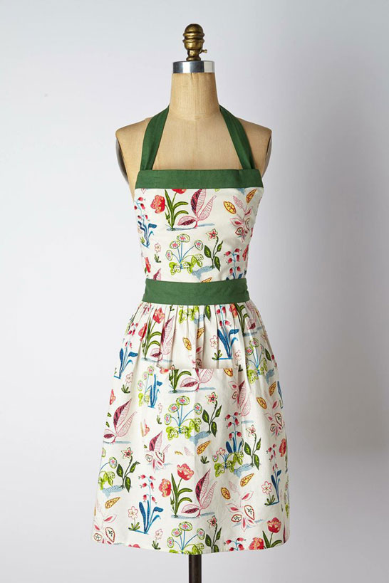 Currently Craving Pretty Aprons