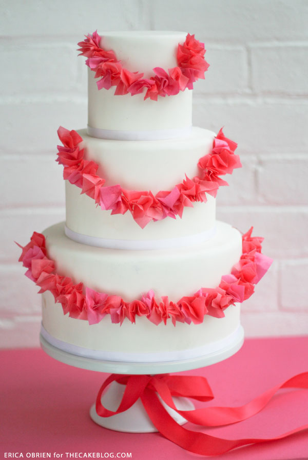 Paper Garland Cake  |  translating trends into cake designs | by Erica OBrien for TheCakeBlog.com