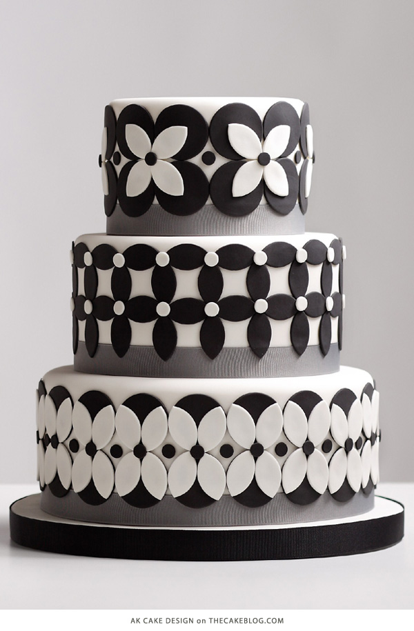 10 Beautiful Black Cakes | including AK Cake Design | on TheCakeBlog.com