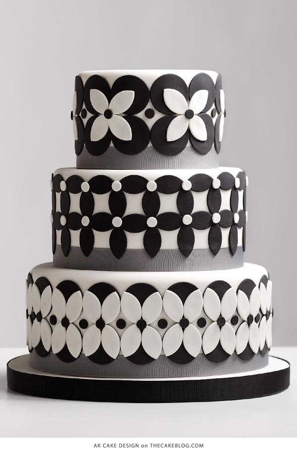 10 Beautiful Black Cakes | including AK Cake Design | on TheCakeBlog.com