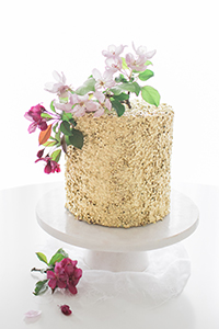 How to make a gold sequin cake.