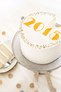Easy New Years Eve Cake you can make at home! | Carrie Sellman for TheCakeBlog.com