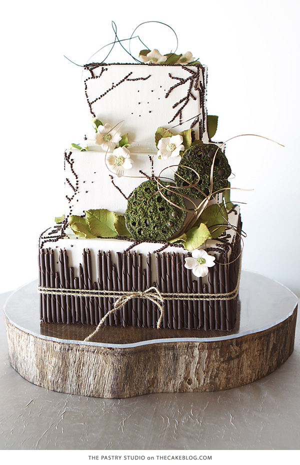 10 Gorgeously Green Cakes | including this design by The Pastry Studio | on TheCakeBlog.com