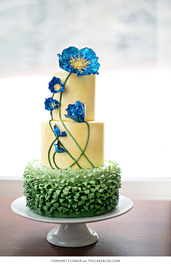 10 Flower Cakes for Spring | including this design by Fondant Flinger | on TheCakeBlog.com