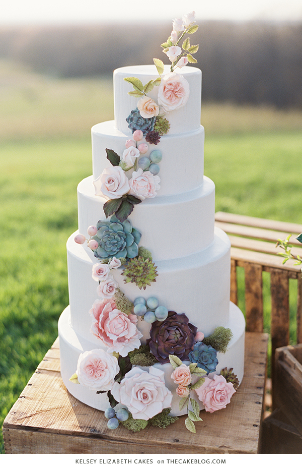 10 Floral Cakes for Spring | including this design by Kelsey Elizabeth Cakes | on TheCakeBlog.com