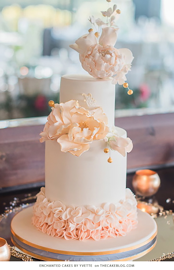 10 Floral Cakes for Spring | including this design by Enchanted Cakes By Yvette | on TheCakeBlog.com