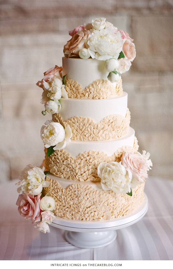 10 Floral Cakes for Spring | including this design by Intricate Icings | on TheCakeBlog.com