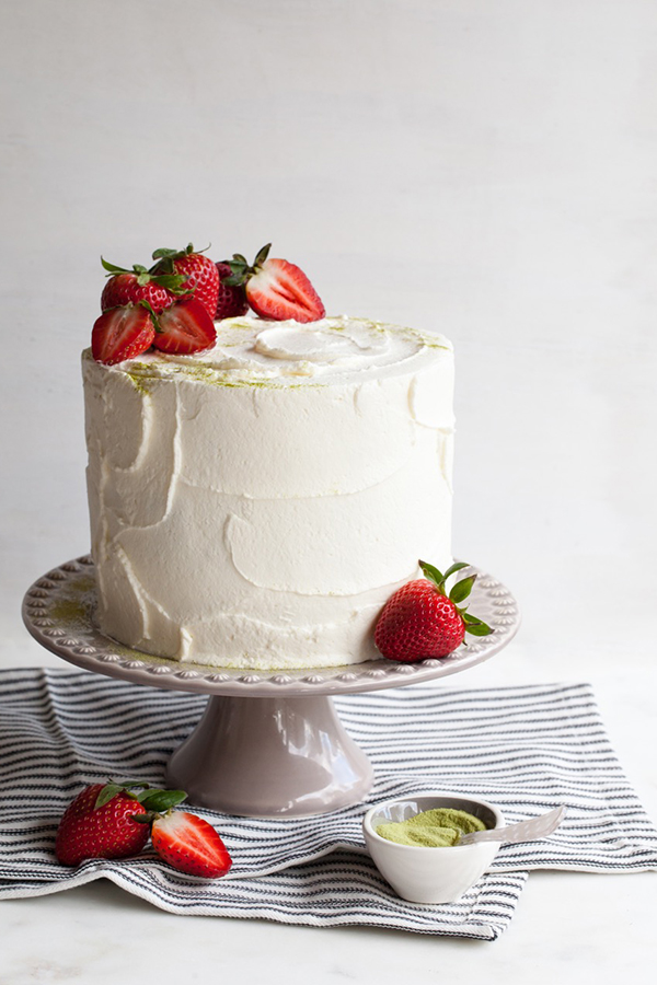 wedding cakes decorated with strawberries matcha strawberry cake 24159
