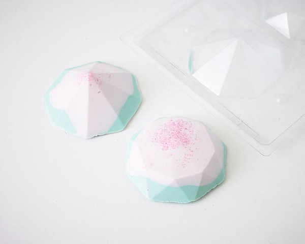 Cake Gems - how to make gem-shaped chocolate truffles filled with cake | by Cakegirls for TheCakeBlog.com