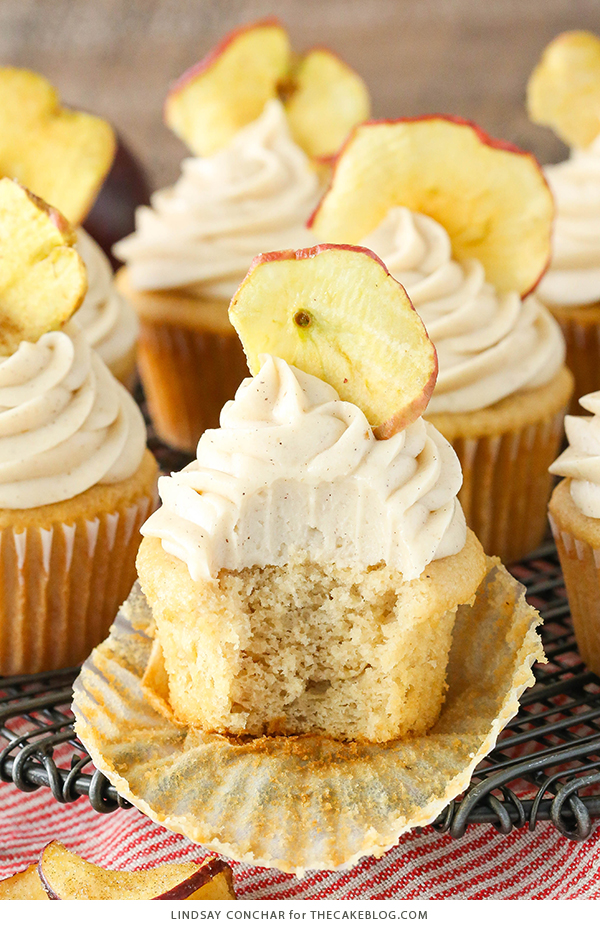 Apple Butter Cupcakes - a deliciously easy cupcake recipe with apple butter in both the cupcake and frosting for lots of great apple flavor   by Lindsay Conchar for TheCakeBlog.com