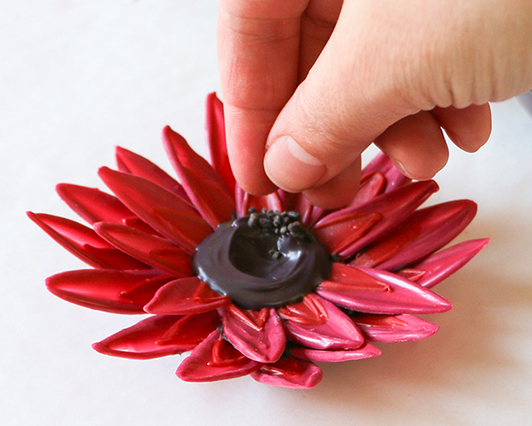 DIY Chocolate Sunflowers. How to make chocolate sunflowers to top cakes and cupcakes | By Erin Gardner for TheCakeBlog.com