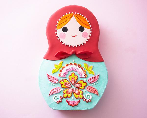 How to make a Russian nesting doll cake | by Cakegirls for TheCakeBlog.com