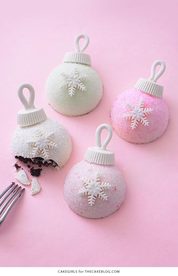 Christmas Ornament Cakes - how to make sparkly, mini ornament cakes for Christmas dessert | by Cakegirls for TheCakeBlog.com