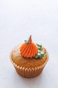 8 Ways to Decorate a Pumpkin Cupcake with Buttercream Frosting | Carrie Sellman for TheCakeBlog.com